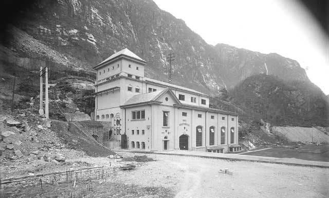 Dale kraftstasjon, ca 1928